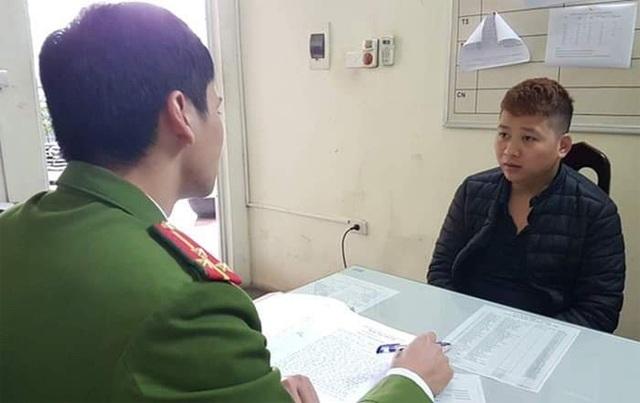 Hà Nội: Tài xế taxi dùng dao cướp tài sản của hành khách nước ngoài - 1