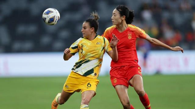 HLV Australia dè chừng lối đá phản công của đội tuyển nữ Việt Nam - 1