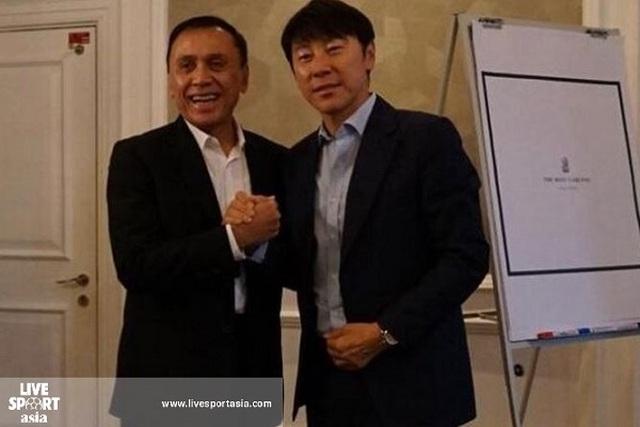 """Báo châu Á: """"HLV Indonesia đi theo con đường của thầy Park"""" - 1"""