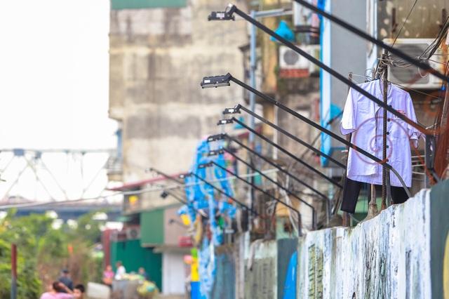 Sửng sốt con đường ngập rác ở Hà Nội đẹp không tin nổi sau khi cải tạo - 14