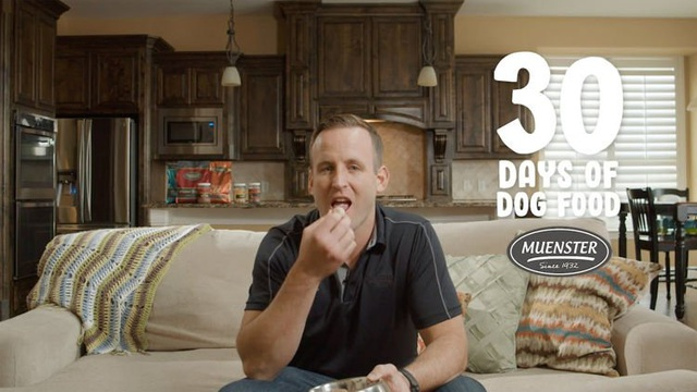 Dùng thức ăn cho chó suốt 30 ngày để chứng minh chất lượng - 1