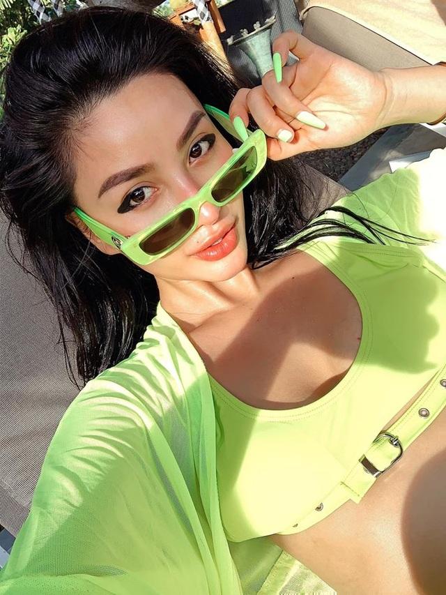 Vóc dáng đỉnh cao như người mẫu bikini của cựu hot girl số 1 Sài Gòn - 9