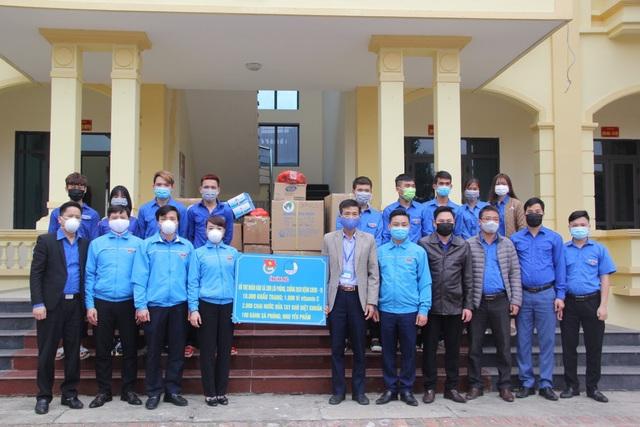 26.000 khẩu trang hỗ trợ nhân dân Vĩnh Phúc chống dịch Covid-19 - 2