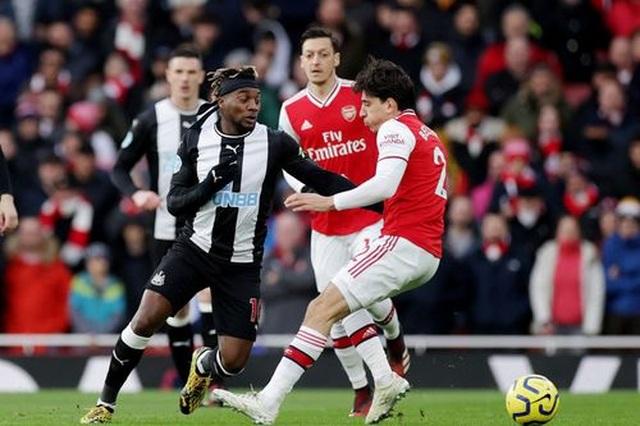 Những khoảnh khắc trong chiến thắng giòn giã của Arsenal trên sân Newcastle - 6