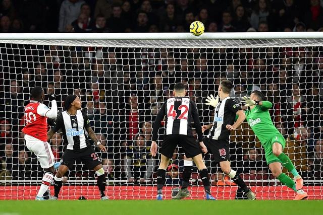 Những khoảnh khắc trong chiến thắng giòn giã của Arsenal trên sân Newcastle - 8
