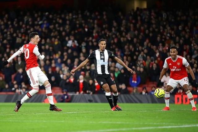 Những khoảnh khắc trong chiến thắng giòn giã của Arsenal trên sân Newcastle - 16