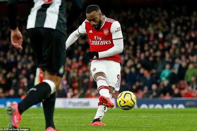 Những khoảnh khắc trong chiến thắng giòn giã của Arsenal trên sân Newcastle - 18