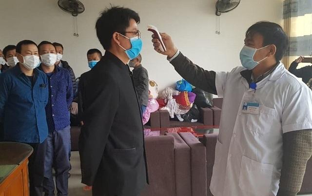 17 lao động Trung Quốc ở cách ly vì Covid-19 trong khách sạn được quay lại làm việc - 1