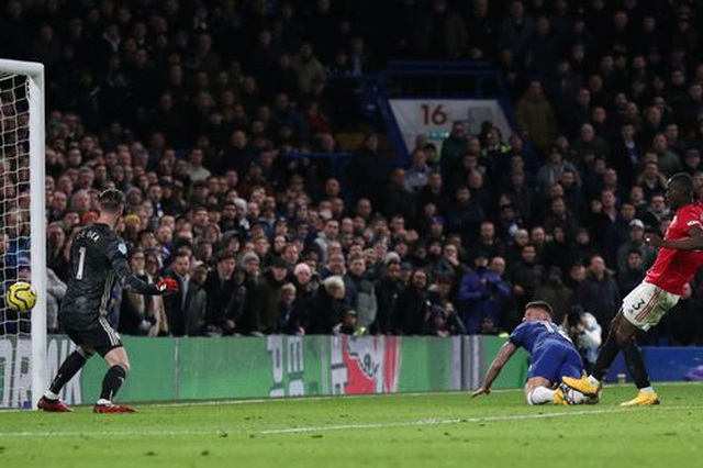 Những khoảnh khắc Man Utd hạ gục Chelsea tại Stamford Bridge  - 19