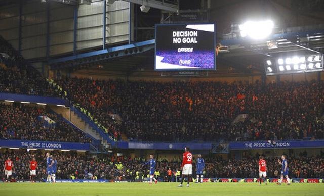 Những khoảnh khắc Man Utd hạ gục Chelsea tại Stamford Bridge  - 15