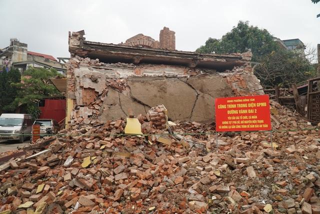 Cảnh tan hoang tại trạm phát sóng Bạch Mai trước ngày lập hồ sơ di tích - 3