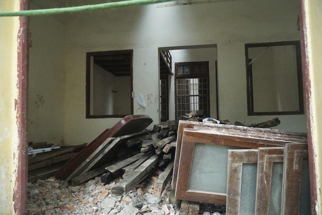 Cảnh tan hoang tại trạm phát sóng Bạch Mai trước ngày lập hồ sơ di tích - 9