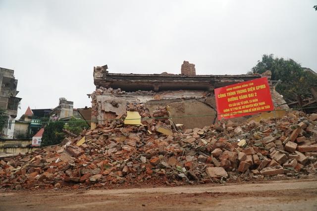 Cảnh tan hoang tại trạm phát sóng Bạch Mai trước ngày lập hồ sơ di tích - 12
