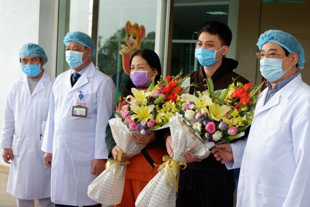 Thêm 2 bệnh nhân Việt Nam nhiễm Covid -19 được công bố khỏi bệnh - 1