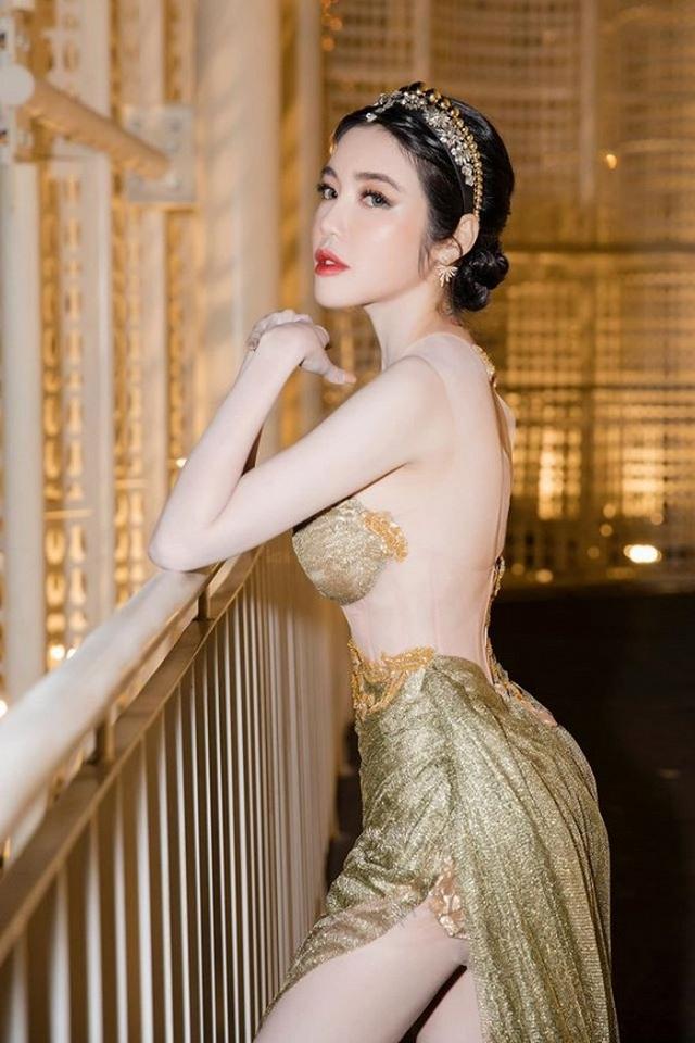 """Sao Việt: Người kết hôn bí mật, người trì hoãn đám cưới với """"đại gia"""" - 9"""