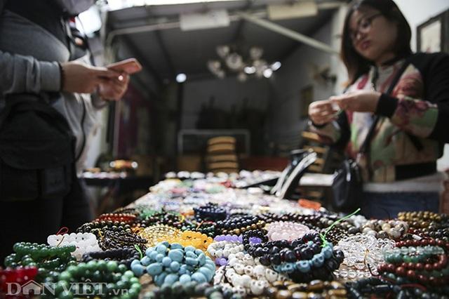 Hoa mắt khi khám phá phiên chợ đá quý triệu đô giữa lòng Hà Nội - 12