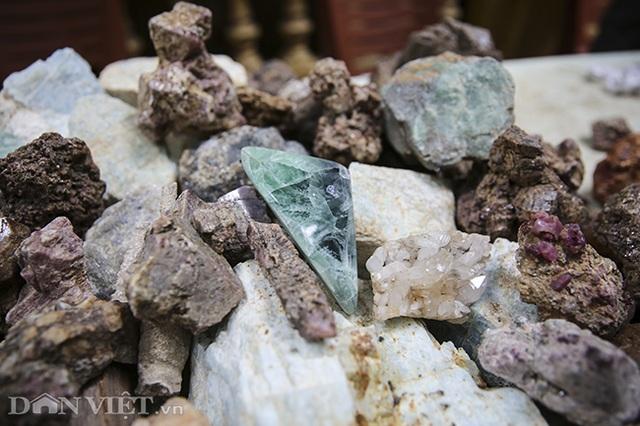 Hoa mắt khi khám phá phiên chợ đá quý triệu đô giữa lòng Hà Nội - 7