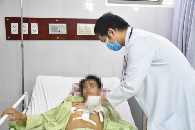 Sóc Trăng: Cứu sống một bệnh nhân bị đâm thủng phổi - 1