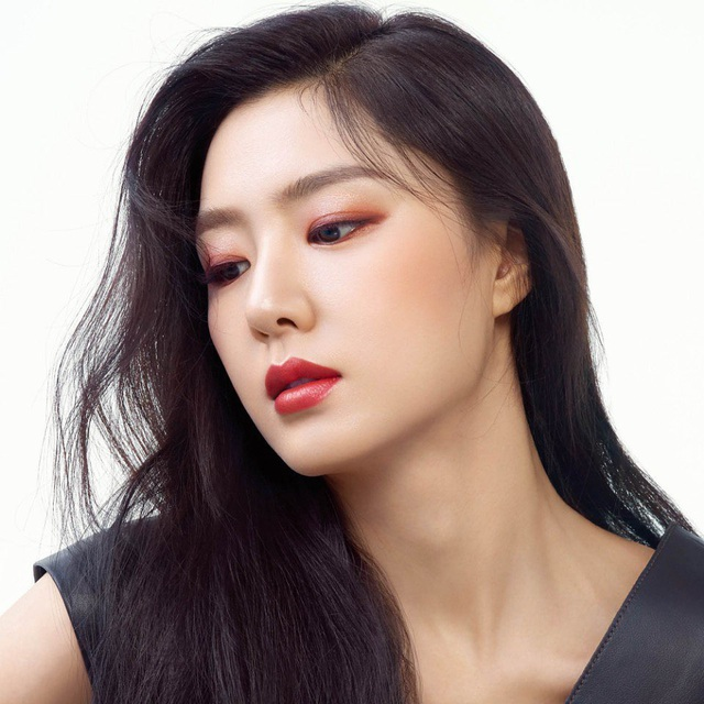 """Seo Ji Hye: Tiểu thư Seo Dan sang chảnh trong """"Hạ cánh nơi anh"""" - 8"""