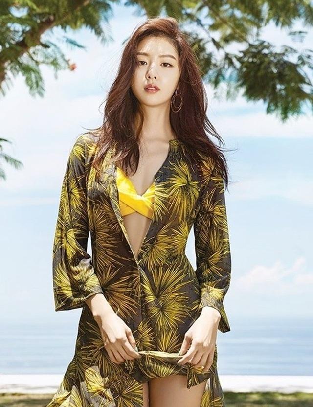 """Seo Ji Hye: Tiểu thư Seo Dan sang chảnh trong """"Hạ cánh nơi anh"""" - 10"""