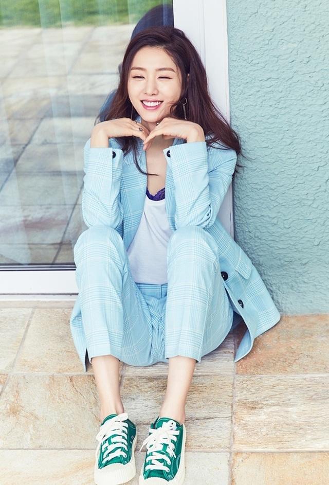 """Seo Ji Hye: Tiểu thư Seo Dan sang chảnh trong """"Hạ cánh nơi anh"""" - 7"""