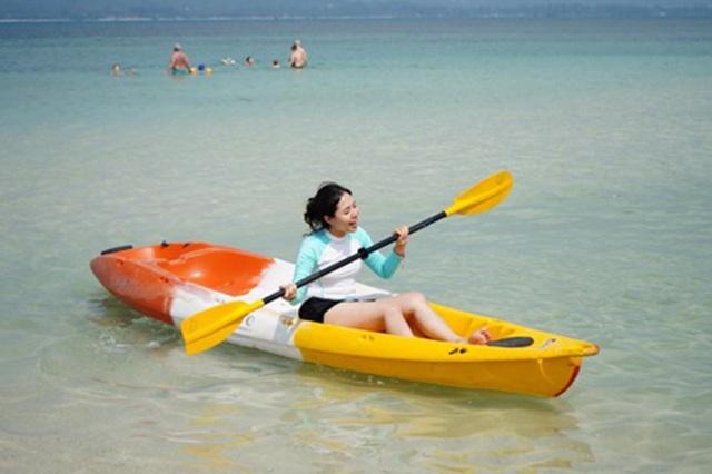 """Lợn rừng """"minh tinh"""": Điểm nhấn trên bãi biển Koh Samui - 6"""