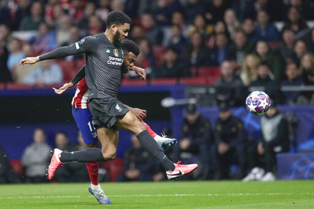Atletico Madrid 1-0 Liverpool: Bàn thắng duy nhất của Saul - 9