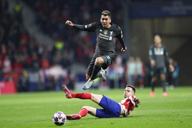 Atletico Madrid 1-0 Liverpool: Bàn thắng duy nhất của Saul - 5