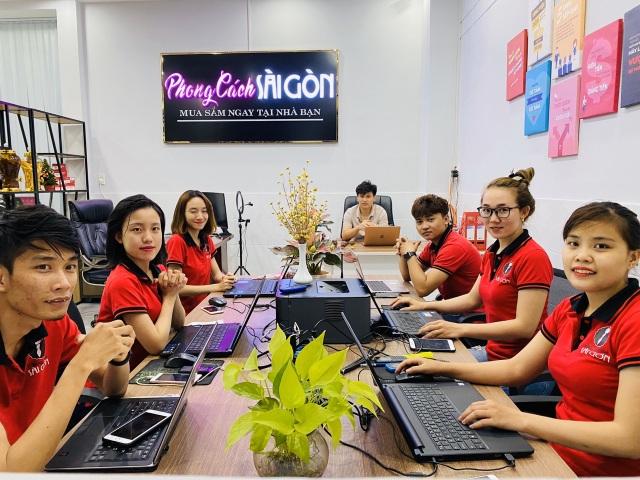Phong cách Sài Gòn - địa điểm mua sắm trực tuyến đáng tin cậy! - 1