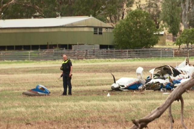 Hai máy bay Australia đâm nhau trên không, 4 người thiệt mạng - 4