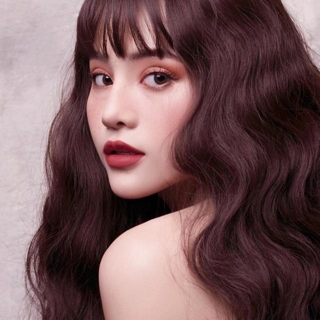 Cô gái Quảng Nam quyến rũ dũng cảm ngược dòng phán xét - 2