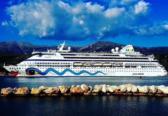 Nghĩ về Quảng Ninh từ chối cho tàu khách của Ý cập cảng - 1