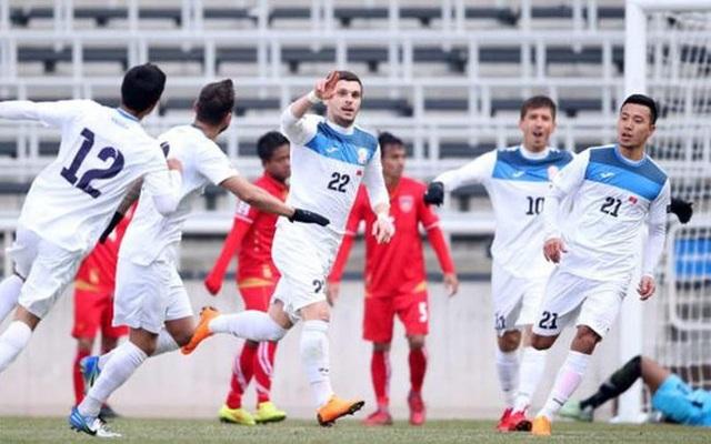 Đội tuyển Việt Nam đá giao hữu với Kyrgyzstan trước cuộc đấu Malaysia - 1