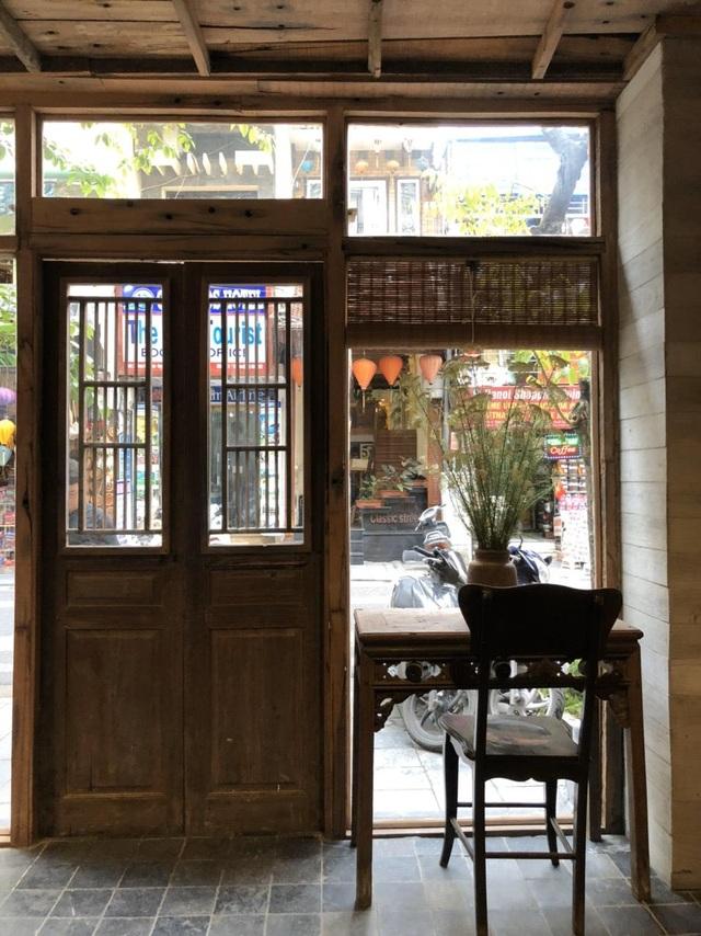 Ngôi nhà tổ kén làm từ vật liệu bỏ đi độc đáo giữa phố cổ Hà Nội - 11