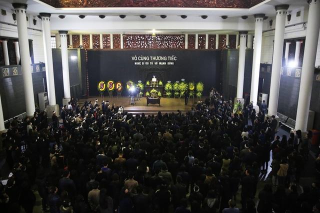 Nghẹn ngào giây phút tiễn biệt giọng ca Opera hàng đầu Việt Nam - Ảnh minh hoạ 11