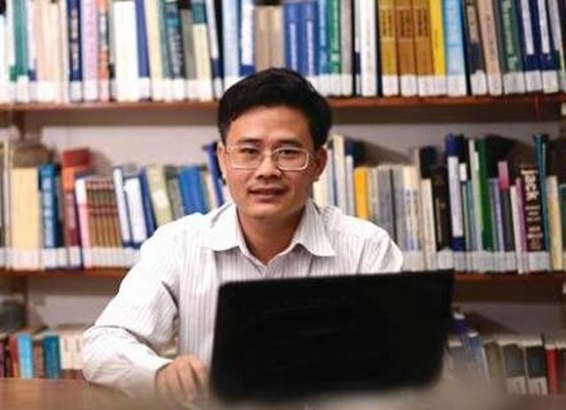 """""""Việt Nam chưa cần gói kích thích, nền kinh tế không phải thiếu tiền"""" - 1"""