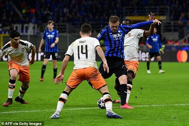 Atalanta 4-1 Valencia: Chiến thắng tưng bừng - 3