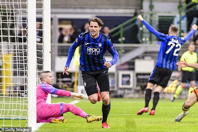 Atalanta 4-1 Valencia: Chiến thắng tưng bừng - 1