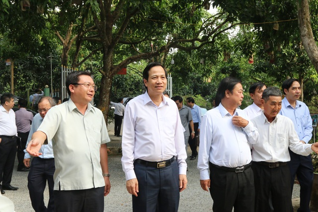 Bộ trưởng Đào Ngọc Dung: Đồng Tháp nên coi nguồn nhân lực là khâu đột phá - 8