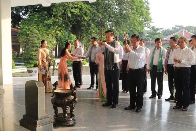 Bộ trưởng Đào Ngọc Dung: Đồng Tháp nên coi nguồn nhân lực là khâu đột phá - 6