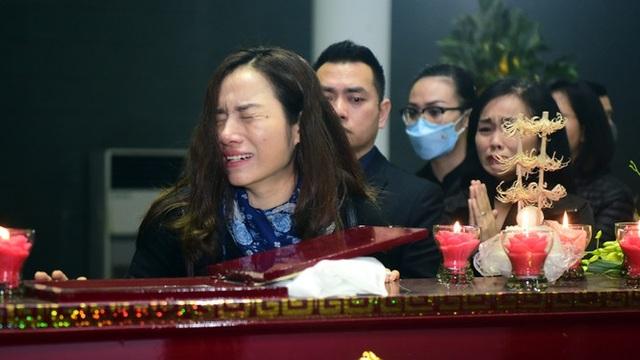 Nghẹn ngào giây phút tiễn biệt giọng ca Opera hàng đầu Việt Nam - Ảnh minh hoạ 6
