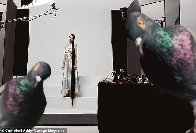 Kendall Jenner lạ mắt trong bộ ảnh mới - 4