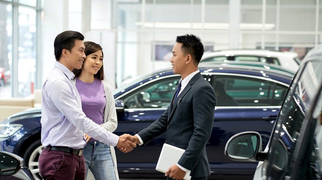 Mở cho ôtô ngoại tràn về, hỗ trợ xe nội bàn 2 năm chưa thông - 2