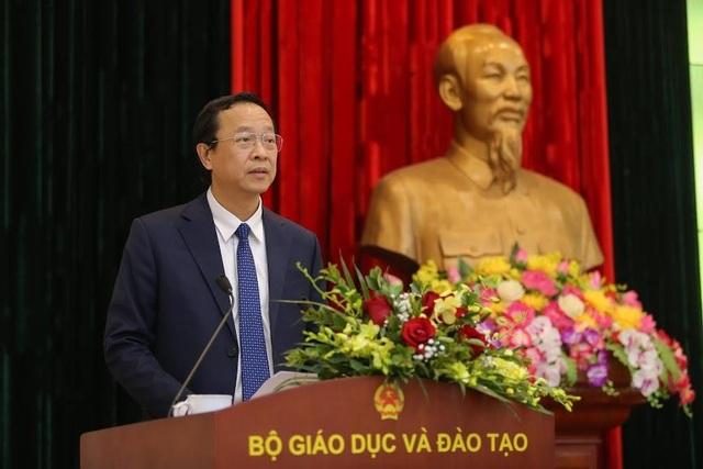 Trao quyết định điều động, bổ nhiệm tân Thứ trưởng Bộ GDĐT - 3