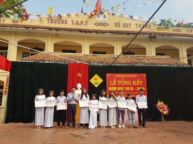 Trường học Ninh Bình đẩy mạnh dạy và học trực tuyến dịp nghỉ phòng dịch Covid-19 - 2