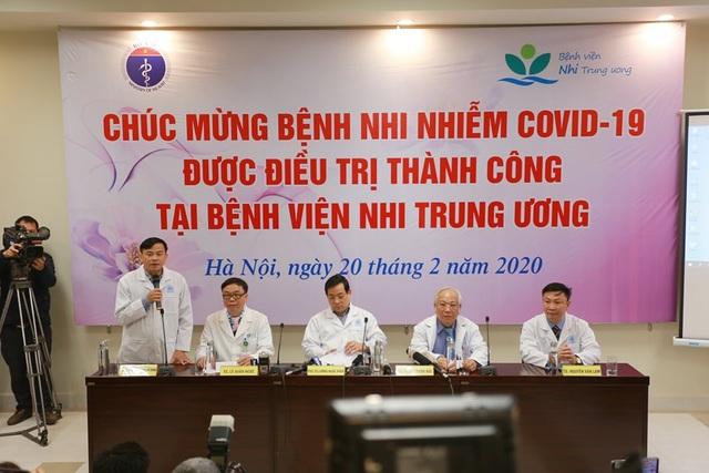 Bệnh nhi duy nhất tại Việt Nam nhiễm virus corona xuất viện khoẻ mạnh - 3