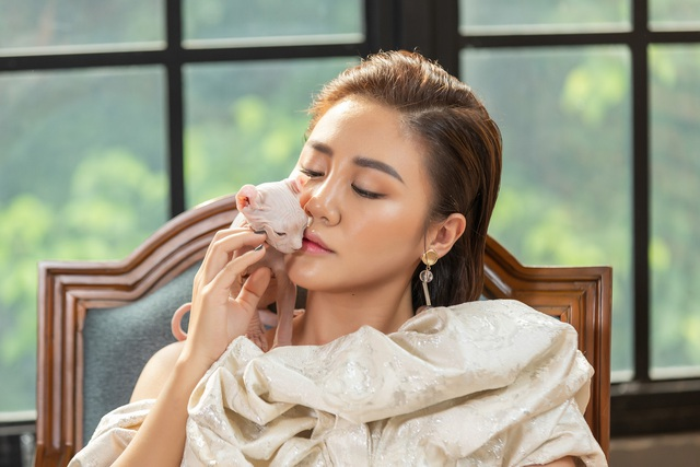 Văn Mai Hương trở lại mạnh mẽ sau ồn ào bị tung clip nhạy cảm - 2