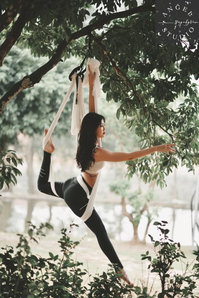 Aerial Yoga bộ môn của những cô nàng yêu cái đẹp - 1