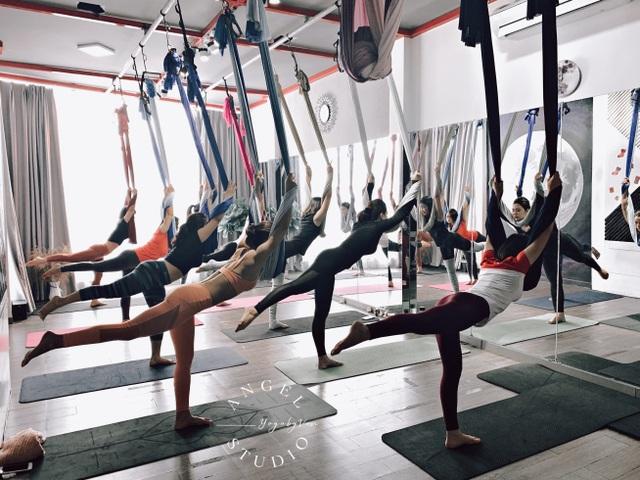 Aerial Yoga bộ môn của những cô nàng yêu cái đẹp - 5