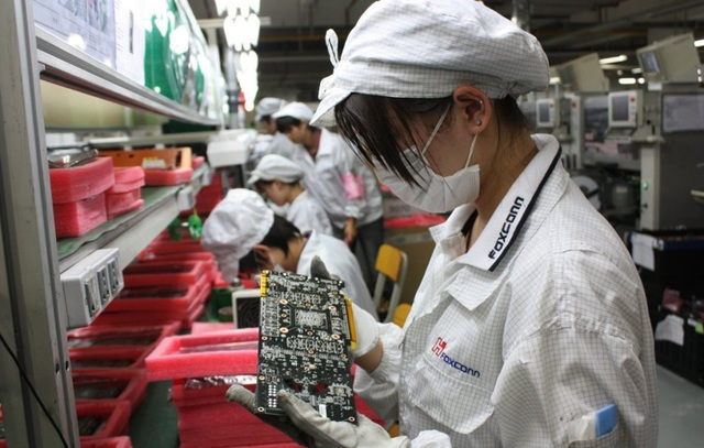Foxconn ưu đãi đặc biệt cho nhân viên quay lại làm việc - 1